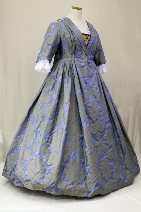 historische-kostuums pli watteau
